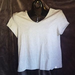 Excellent condition gray top!